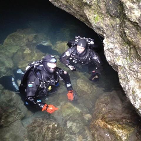 Flavio con Ela grotta Fontanazzi (VI)